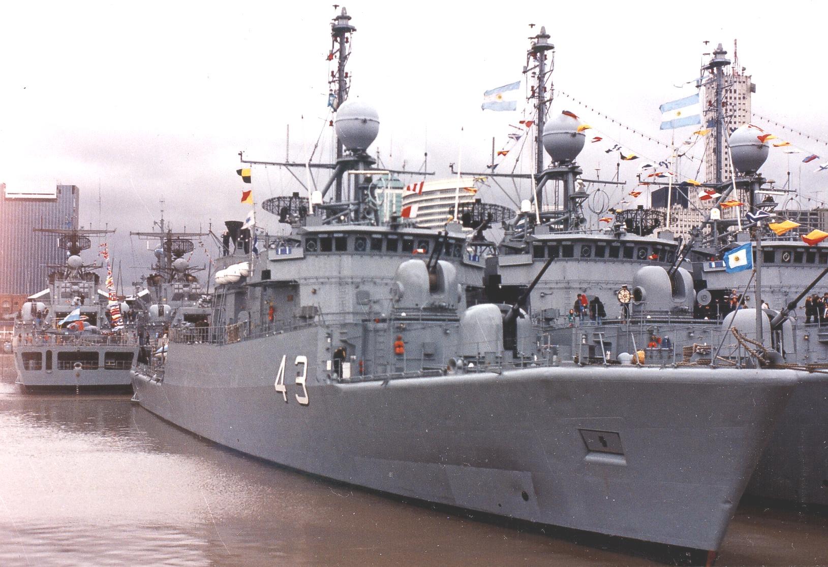 La Armada Argentina en el Golfo Persico Meko140a