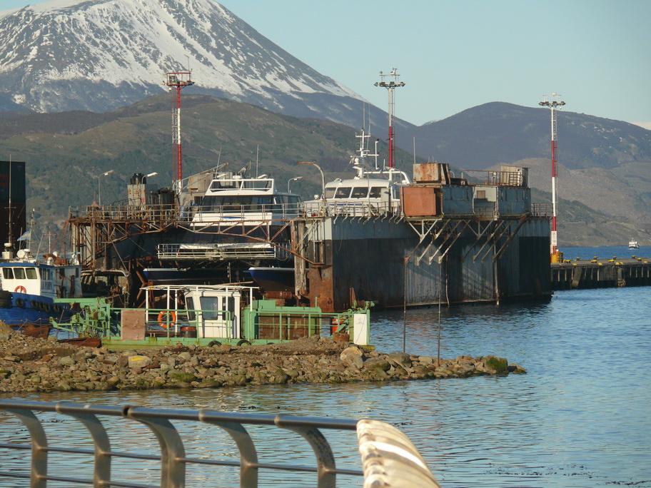 Barco  dique flotante Foto4900