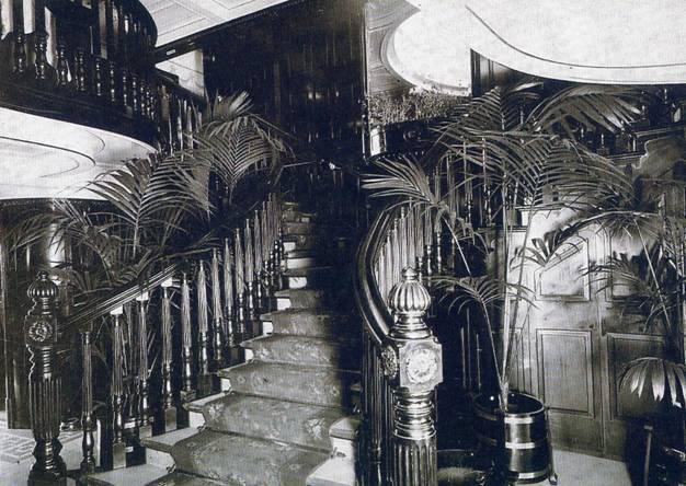 escalera Príncipe de Asturias
