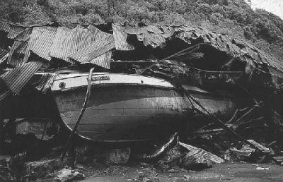 Resultado de imagen para accidente de un buque de guerra